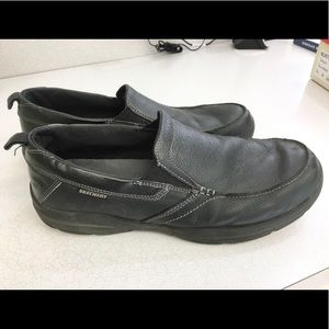 Awesome Skechers slip on leather loafers